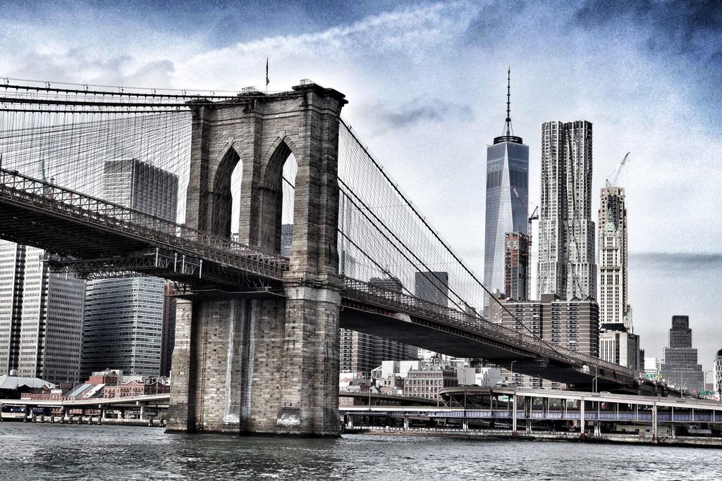 2-Brooklyn-Bridge-New-York-City-New-York