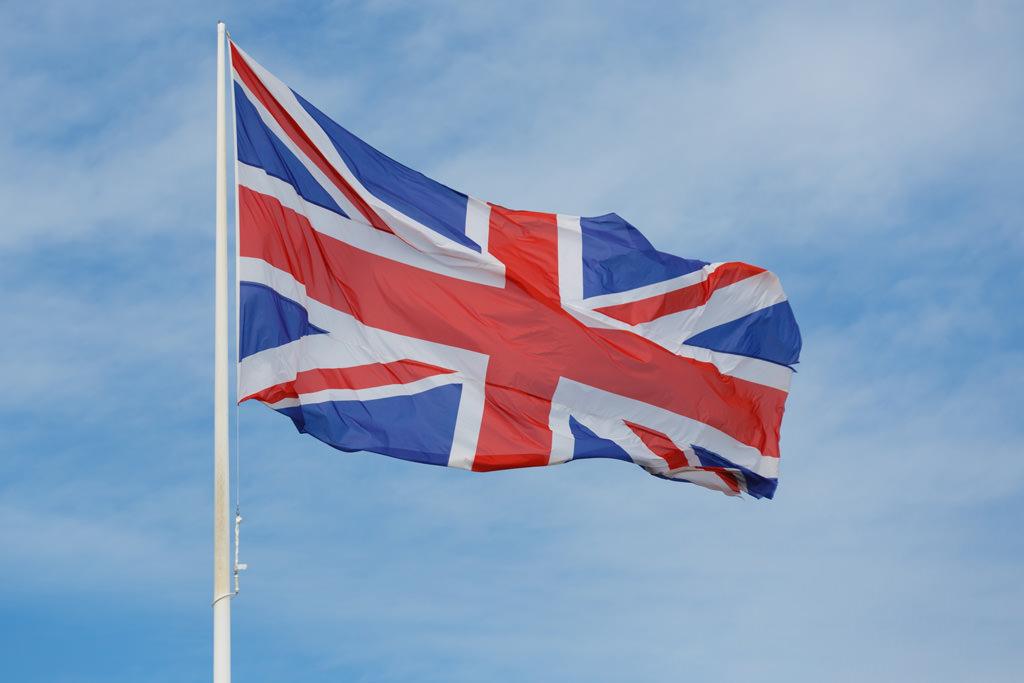 british-flag-in-the-sky-1443282351DLv-1
